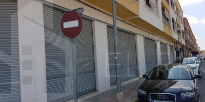 Local De Commerce - Location long terme - Catral - Catral
